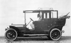 Прикрепленное изображение: Benz_24_40_PS_Landaulet__Kettenantrieb___1907.jpg