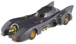 Прикрепленное изображение: michael_keation_batmobile_mattel_elite1.jpg