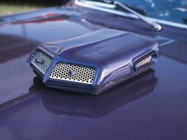 Прикрепленное изображение: hppp_0301_07_z_1967_pontiac_GTO_XXX_Moive_car_hood_scoop.jpg