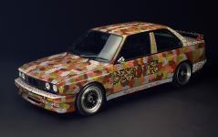 Прикрепленное изображение: 1989_bmw_m3_art_car_by_michael_jagamara_nelson_1.jpg