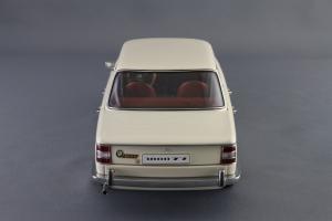 Прикрепленное изображение: BMW_1800_TISA_Autoart_70623_05.jpg