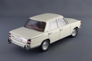 Прикрепленное изображение: BMW_1800_TISA_Autoart_70623_06.jpg