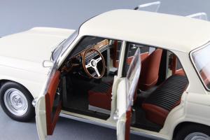 Прикрепленное изображение: BMW_1800_TISA_Autoart_70623_09.jpg