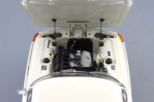Прикрепленное изображение: BMW_1800_TISA_Autoart_70623_10.jpg