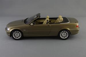 Прикрепленное изображение: BMW_3er_Cabrio_Individual_Kyosho_for_BMW_80_43_0_395_004_03.jpg