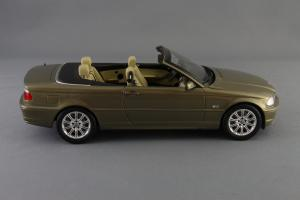 Прикрепленное изображение: BMW_3er_Cabrio_Individual_Kyosho_for_BMW_80_43_0_395_004_04.jpg