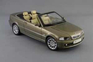 Прикрепленное изображение: BMW_3er_Cabrio_Individual_Kyosho_for_BMW_80_43_0_395_004_07.jpg