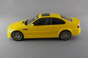 Прикрепленное изображение: BMW_M3_E46_Autoart_70542_03.jpg