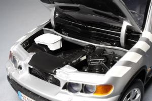 Прикрепленное изображение: BMW_X5_3_0d_E53_Kyosho_for_BMW_80_43_0_305_646_11.jpg