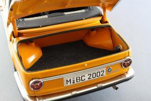 Прикрепленное изображение: BMW_2002_Baur_Cabriolet_Autoart_for_BMW_80_43_0_300_713_08.jpg