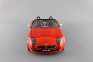 Прикрепленное изображение: BMW_Z8_Autoart_70513_03.jpg