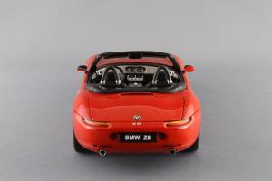 Прикрепленное изображение: BMW_Z8_Autoart_70513_05.jpg