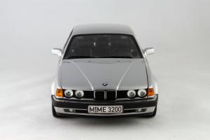 Прикрепленное изображение: BMW_730i_Minichamps_100023000_04.jpg
