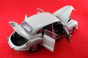 Прикрепленное изображение: BMW_501_Autoart_for_BMW_80_43_0_393_098_07.jpg