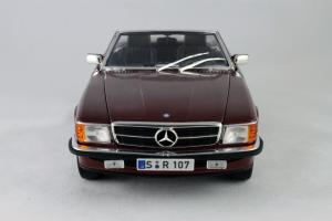 Прикрепленное изображение: Mercedes_Benz_350_SL_Norev_for_Mercedes_Benz_B6_604_0454_04.jpg