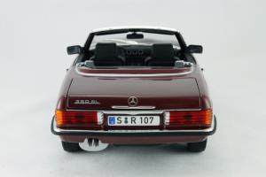 Прикрепленное изображение: Mercedes_Benz_350_SL_Norev_for_Mercedes_Benz_B6_604_0454_05.jpg