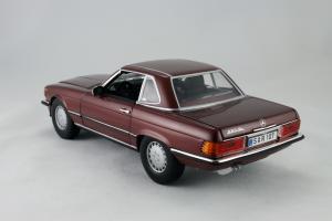 Прикрепленное изображение: Mercedes_Benz_350_SL_Norev_for_Mercedes_Benz_B6_604_0454_08.jpg