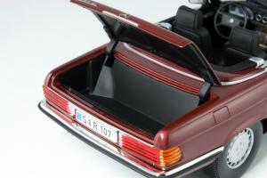 Прикрепленное изображение: Mercedes_Benz_350_SL_Norev_for_Mercedes_Benz_B6_604_0454_10.jpg