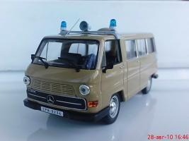 Прикрепленное изображение: Colobox_Mercedes_Benz_N1300_CPN_02.jpg