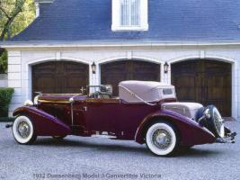 Прикрепленное изображение: 1932_Duesenberg_Model_J_Convertible_Victoria.jpg
