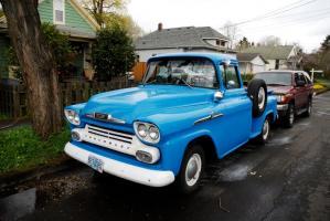 Прикрепленное изображение: 1958_Chevrolet_Chevy_Task_Force_Apache_31_Stepside_Pickup_Truck_5.jpg
