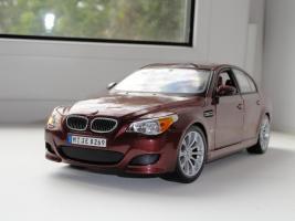 Прикрепленное изображение: BMWm5_post1_1.JPG