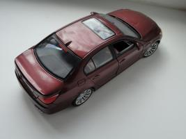 Прикрепленное изображение: BMWm5_post1_3.JPG