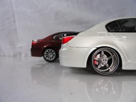 Прикрепленное изображение: BMWm5_post3_3.JPG