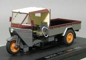 Прикрепленное изображение: Mazda_CTL_1200_1952_Ebbro.jpg