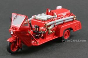 Прикрепленное изображение: Mazda_CTL_1200_Fire_Engine_1950_Ebbro.jpg