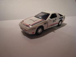Прикрепленное изображение: Mazda_RX_7_Savanna_GT_Limited_Diapet_1_40_G_52.JPG