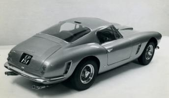 Прикрепленное изображение: Ferrari_finished_off_side_rear_xl_001.jpg