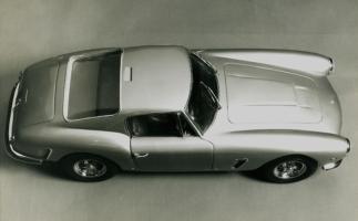 Прикрепленное изображение: Ferrari_oside_above_xl_001.jpg