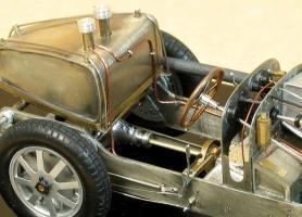 Прикрепленное изображение: Alain_Bouissou_1931_Bugatti_T54_12.JPG