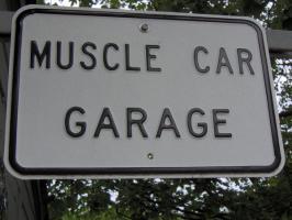 Прикрепленное изображение: Muscle_Car_Garage_by_Softball9pitcher.jpg