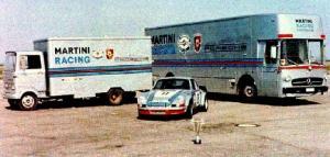Прикрепленное изображение: Martini_Mercedes_Porsche_Transporter_01.jpg