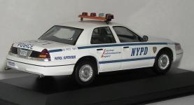 Прикрепленное изображение: ford_NYPD_PA310101.JPG