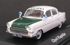Прикрепленное изображение: Opel_Kapitan_polizei.JPG