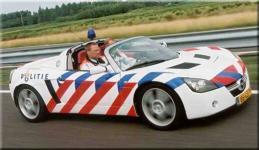 Прикрепленное изображение: Opel_Speedster.jpg