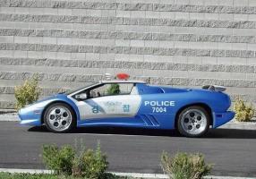 Прикрепленное изображение: lamborghini_police_car.jpg