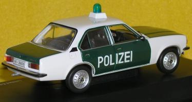 Прикрепленное изображение: Opel_Ascona_B_P7250085.JPG
