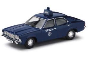 Прикрепленное изображение: VA10308_Ford_Cortina_MkIII_1_6___Galway_Patrol_Car__Garda.jpg
