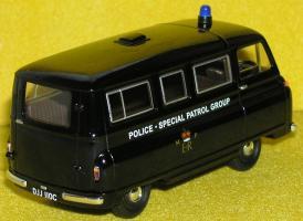 Прикрепленное изображение: Morris_J2_Metropolitan_Police_SPG_P9160086.JPG