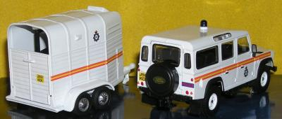 Прикрепленное изображение: Land_Rover_Defender_PA040086.JPG