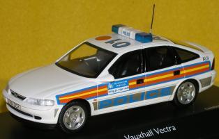 Прикрепленное изображение: Vauxhall_Vectra_1997_P2060146.JPG