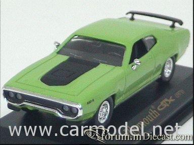 Plymouth GTX 1971 Yatming.jpg