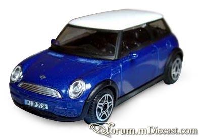 Mini Cooper 2001 Bburago.jpg