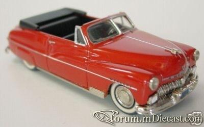 Mercury Club 1950 Cabrio Skyline.jpg