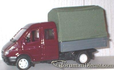 GAZ Sobol Doublecab.jpg