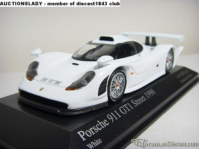 Porsche 911 GT1 1998 Minichamps.jpg
